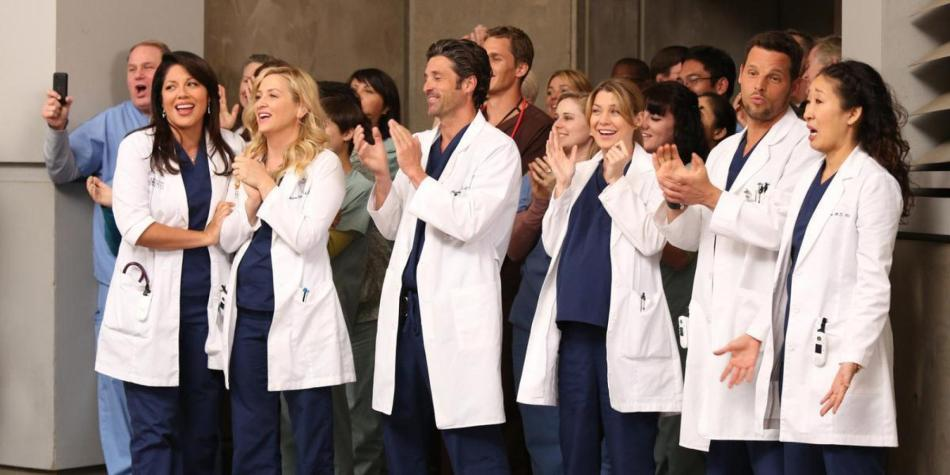 o-GREYS-ANATOMY-PERSONNAGE-facebook